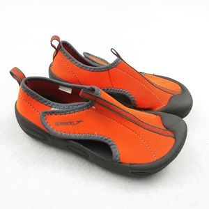 Speedo Size XL 11/12 Velcro Water Shoes